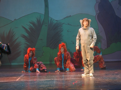 seussical%20ibs%2019.045 (1).jpg